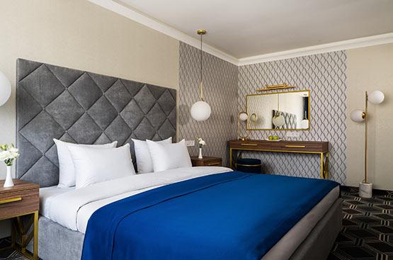 Book a Suite Room in hotel Odessa